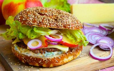 Rezept der Woche: Apfel Bergkäse Burger