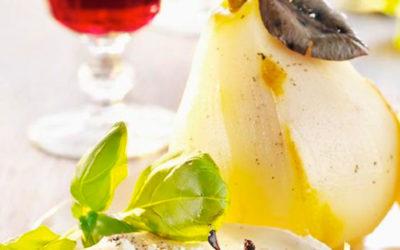 Rezept der Woche: eingelegte Vanillebirnen mit Ziegenkäse und Rotwein